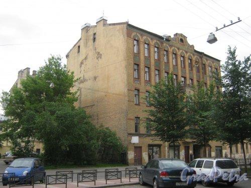 Ул. Черняховского, дом 5. Общий вид здания. Фото 14 июня 2013 г.