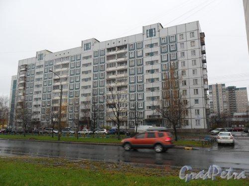 Камышовая улица, дом 12, корпус 1. Фото ноябрь 2013 года.