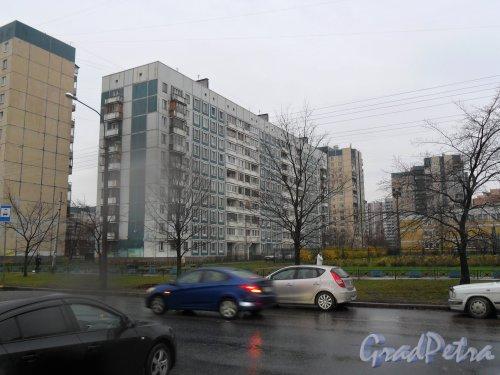 Камышовая улица, дом 16. Фото ноябрь 2013 года.