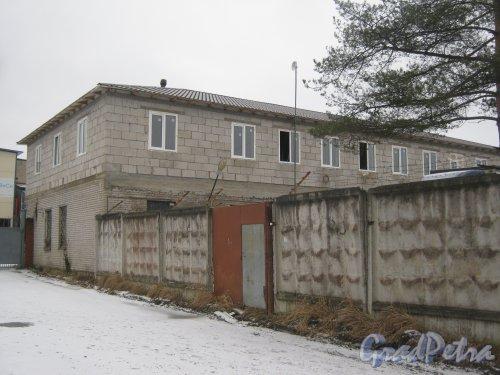 Красное Село (Горелово), ул. Заречная, дом 20. Вид со стороны дома 18. Фото 4 января 2014 г.