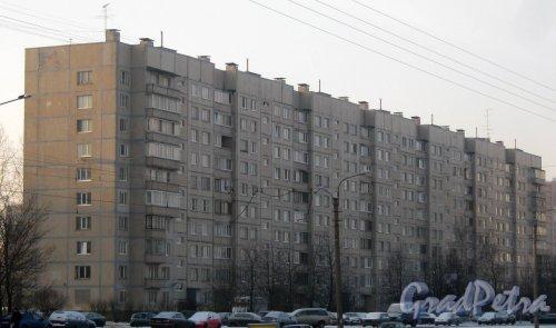 Ул. Маршала Казакова, дом 40, корпус 1. Вид с ул. Котина. Фото 15 января 2014 г.
