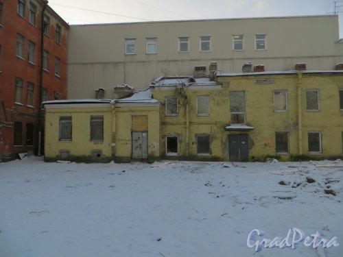 ул. Мира, дом 36. Дворовый флигель. Правая часть. Фото 24 января 2014 года.
