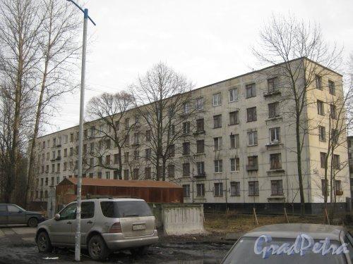Ул. Зины Портновой, дом 58. Вид со стороны дома 50. Фото 24 февраля 2014 г.