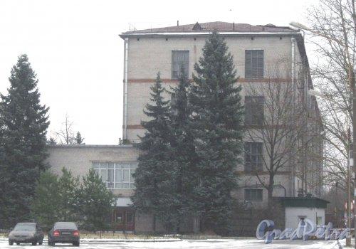 Красное Село (Горелово), ул. Заречная, дом 2а. Вид с пересечения Аннинского шоссе и Заречной ул. Фото 4 января 2014 г.