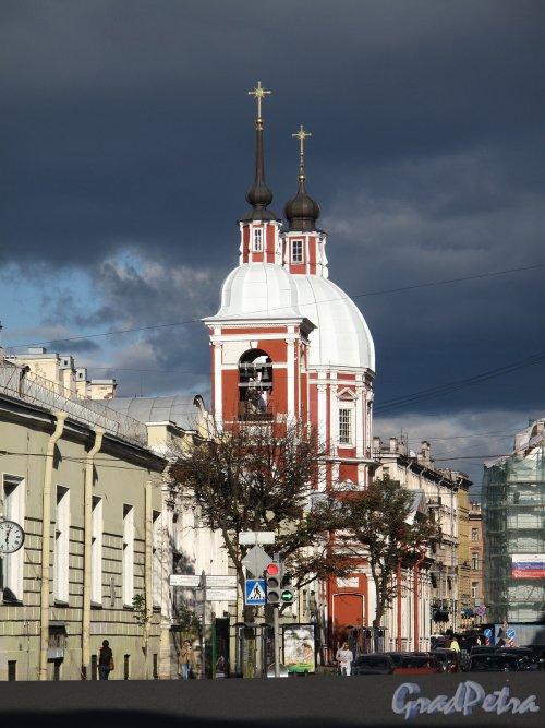 Пестеля ул., д. 2 А. Церковь во имя святого великомученика Пантелеймона. Общий вид. Фото сентябрь 2011 г.
