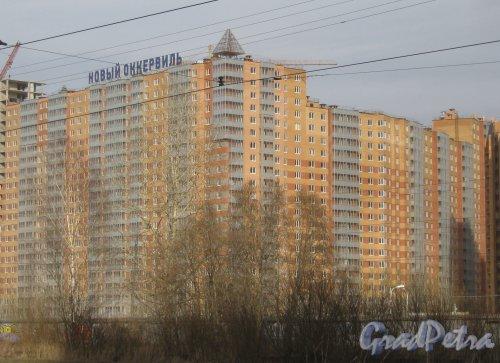 Всеволожский р-н, д. Кудрово, Областная ул., дом 1. Общий вид здания с ул. Дыбенко. Фото 9 марта 2014 г.