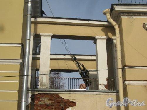 г. Красное Село, Нагорная ул, дом 47, корпус 1. Фрагмент здания со стороны фасада. Фото 24 февраля 2014 г.