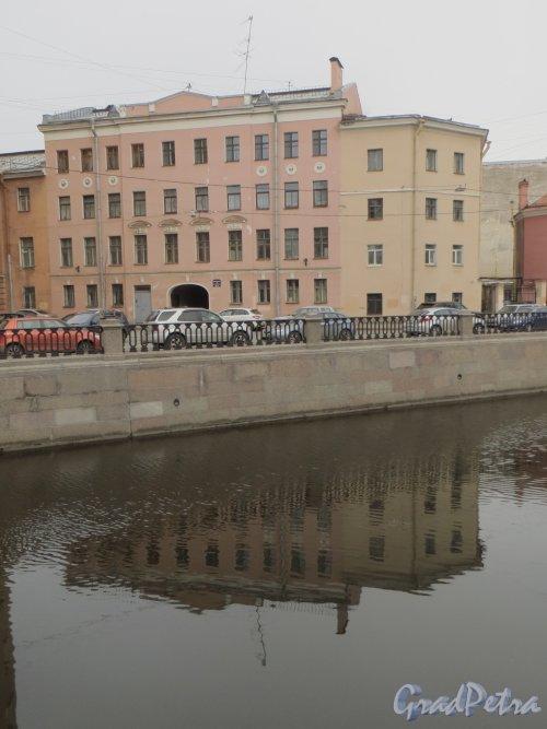 Малая Подьяческая улица, дом 12-14. Общий вид здания с нечетной стороны канала Грибоедова.