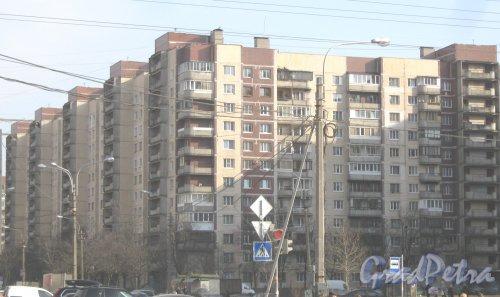 Ул. Олеко Дундича, дом 35, корпус 1. Общий вид с Бухарестской ул. Фото 28 февраля 2014 г.