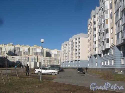 Ул. Маршала Захарова, дома 18. Общий вид. Фото 11 марта 2014 г.