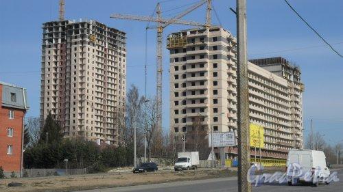 2-я Алексеевская улица, дом 69,литер А. ЖК «До Ре Ми». Вид жилого комплекса от мечети. Фото 16 апреля 2014 года.