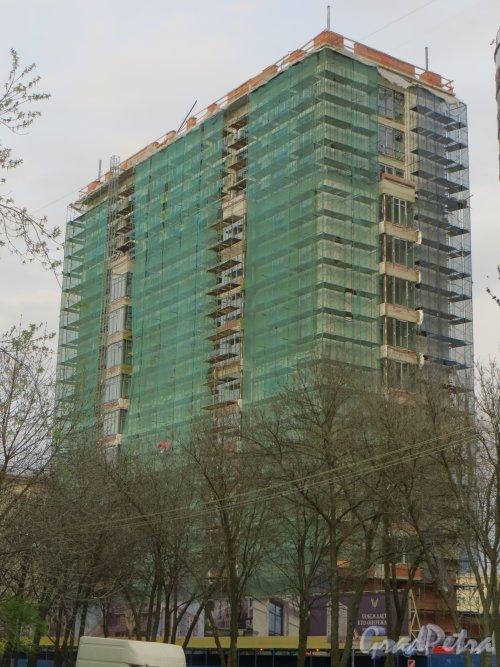 Улица Победы, дом 5. Строительство жилого дома. Фото 29 апреля 2014 года.