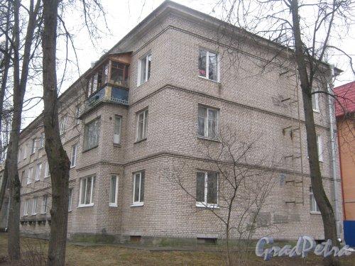 г. Павловск, ул. Васенко, дом 11 (Медвежий пер., дом 6). Фрагмент фасада. Фото 5 марта 2014 г.
