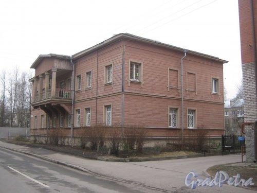 г. Павловск, ул. Васенко, дом 13. Общий вид. Фото 5 марта 2014 г.
