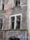 Г. Выборг, Крепостная ул., д. 11.жилой дом «Домус» (Дом книготорговца В.Говинга),1903-04. Часть фасада в современном состоянии. Фото июнь 2014 г