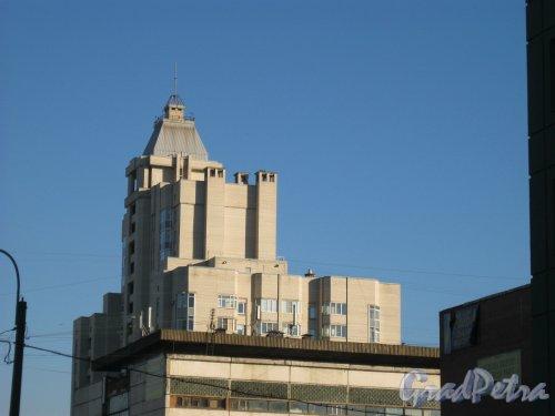 Ул. Галстяна, дом 1. Общий вид верхней части здания с ул. Костюшко . Фото 18 окттября 2014 г.