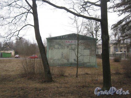 г. Павловск, Госпитальная ул., дом 2. Вид с Садовой ул. Фото 5 марта 2014 г.