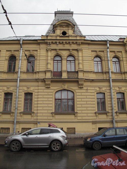 Бол. Монетная ул., д. 17. Особняк К. А. Горчакова. Центральная часть фасада. Фото апрель 2014 г.