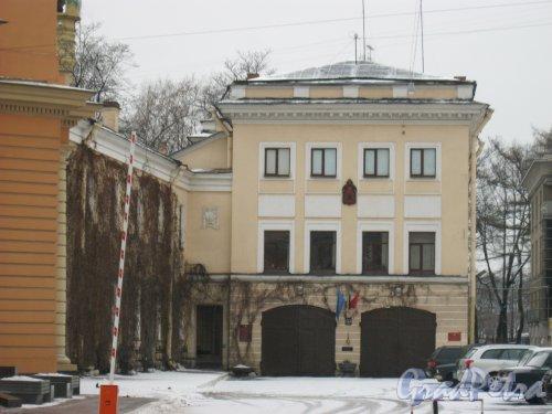 Инженерная ул., дом 12. Общий вид здания пожарной части. Фото 2 февраля 2014 г.