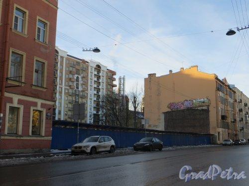 Участок дома 34 по Большой Зеленина улица после сноса мастерской. Фото 11 февраля 2015 года.