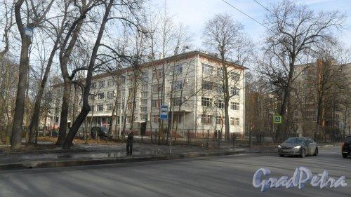 Улица Новороссийская, дом 18, литер А. Фото 6 марта 2015 года.