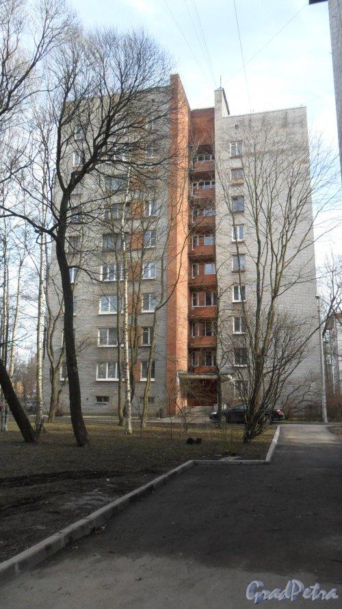 Улица Новороссийская, дом 16. Вид дома со двора. Фото 6 марта 2015 года.