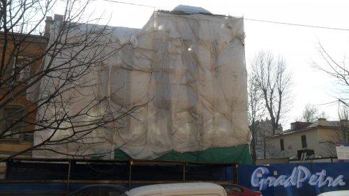 4-я Красноармейская улица, дом 19, литер А. Реконструкция здания стоматологической поликлиники №16 Адмиралтейского района. Фото 18 марта 2015 года.