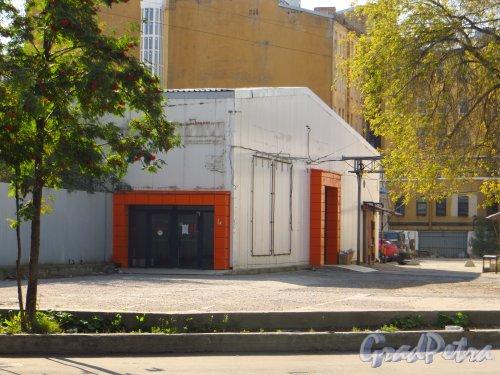 улица Мира, дом 37, литера А. Общий вид корпуса. Фото 8 сентября 2014 года.