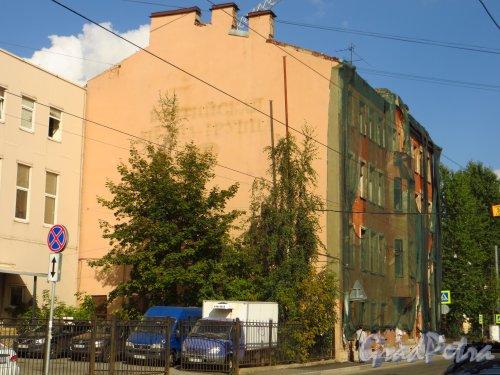 улица Мира, дом 36. Общий вид здания. Фото 8 сентября 2014 года.