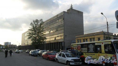 Улица Белоостровская, дом 9, литер А. Административное здание. 4 этажа. Интернет-магазин мотоэкипировки