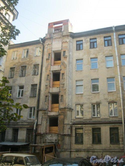 Казанская ул., дом 8-10. Замена лифта в доме. Фото 18 сентября 2015 г.