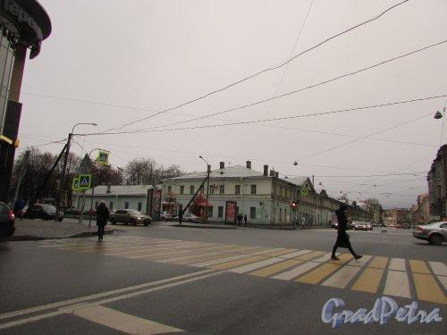 Звенигородская улица, дом 5, литера А. Вид от улицы Марата. Фото 15 декабря 2015 года.