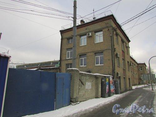 улица Салова, дом 61, литера А. Фасад Административного здания. Фото 17 февраля 2016 года.