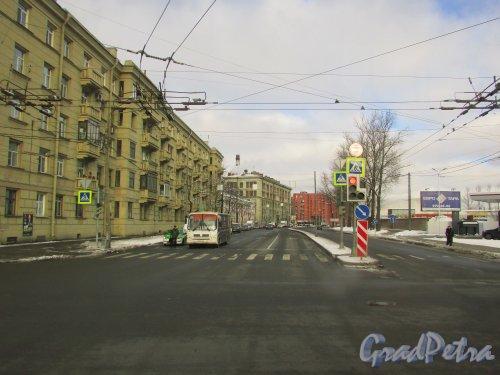 Перспектива Сызранской улицы от Благодатной улицы в сторону улицы Решетникова. Фото 17 февраля 2016 года.