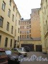 Фурштатская ул., д. 25. Доходный дом К. А. Шрейбера. Второй двор. Фото апрель 2015 г.