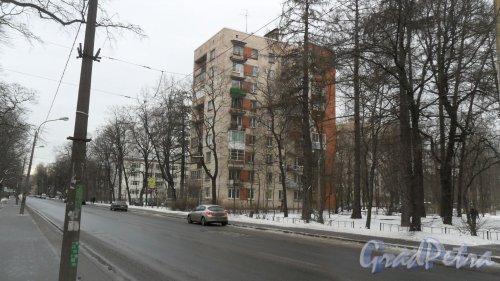 Новороссийская улица, дом 22, корпус 1. 9-этажный жилой дом серии 1-528кп40 1965 года постройки. 1 парадная, 45 квартир. Управляющая организация