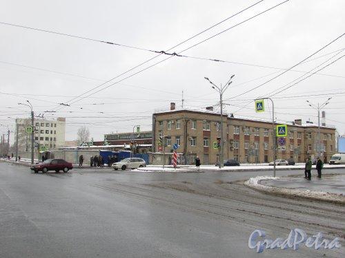 улица Салова, дом 61. Общий вид участка. Фото 15 февраля 2016 года.