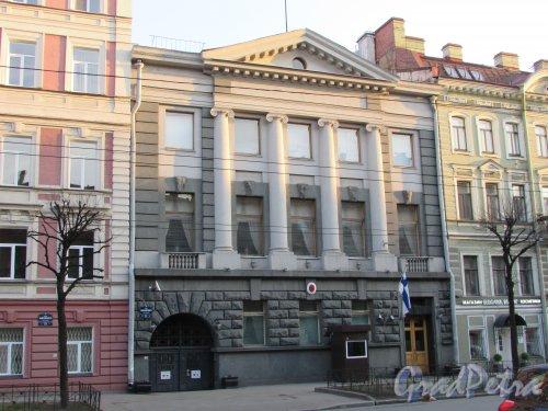 Улица Чайковского, дом 71, литера А. Общий вид здания Генерального консульства Финляндии. 15 апреля 2016 года.