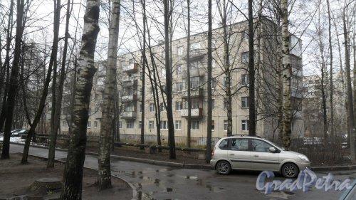 Всеволожск, улица Вокка, дом 6, корпус 2. 5-этажный жилой дом 1975 года постройки. 8 парадных. Фото 16 апреля 2016 года.