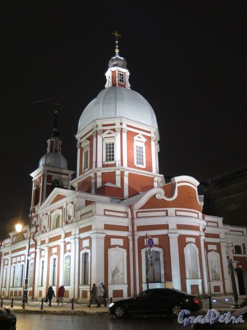 Ул. Пестеля, д. 2а. Пантелеймоновская церковь со стороны апсиды зимой в вечернем освещении. фото январь 2015 г.