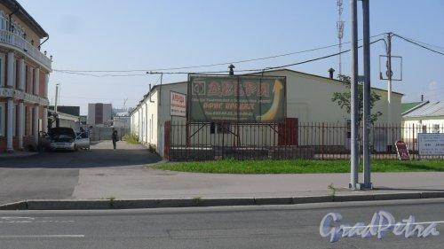 Репищева улица, дом 14, литер К. Торговый павильон. Фото 27 июля 2016 года.