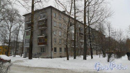 Всеволожский район, поселок имени Морозова, улица Первомайская, дом 7. 5-этажный жилой дом 1963 года постройки. 4 парадные, 69 квартир. Фото 15 ноября 2016 года.