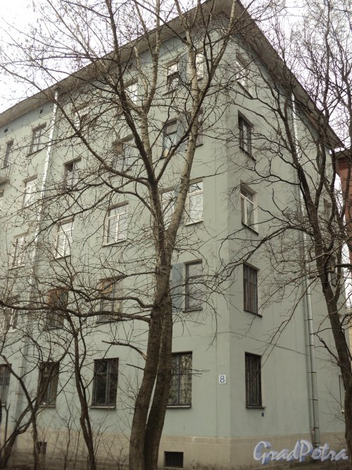 Гранитная улица, дом 8. Торец жилого дома. Фото 12 апреля 2011 года.