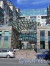 Ул. Кирочная, д. 64. Многоквартирный жилой дом. Парадный вход. фото июнь 2015 г.