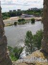 Вид на реку Нарва через бойницу Ивангородской крепости. фото июль 2015 г.