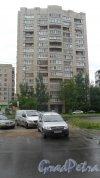 Улица Димитрова, дом 16, корпус 1, 8-я парадная. 16-этажная секция дома. Фото 11 июня 2018 года.