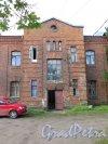 Островная ул. (Выборг), д. 8. Офицерский жилой дом, 1910-е. Вид портала входа. фото сентябрь 2016 г.