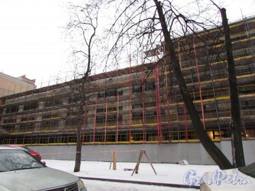 улица Правды, дом 3, литера А. Реконструкция общежития Академии балета им. Вагановой. Фото 4 февраля 2017 года.