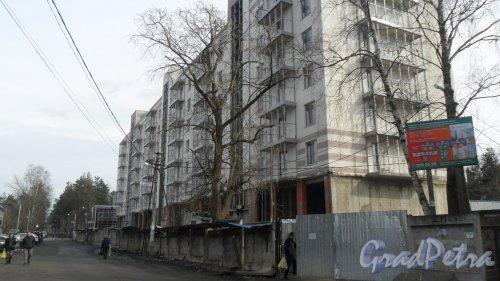 Всеволожск, улица Социалистическая, дом 114. Общий вид новостройки жилого дома «На Социалистической». Фото 9 апреля 2017 года.