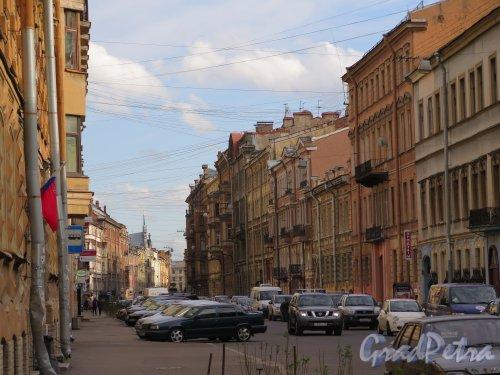 Моховая ул. Вид улицы в сторону ул. Белинского. фото май 2015 г.